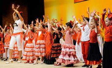 kids flamenco.jpg